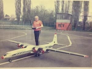 Mohai István által épített Antonov AN-10 óriási repülőmodell